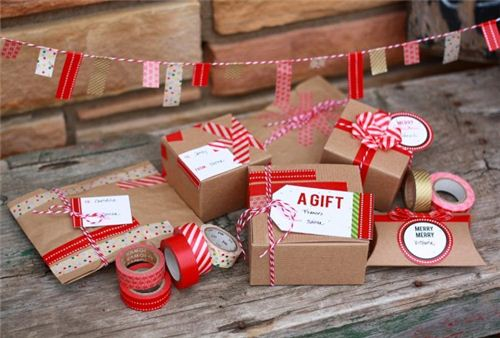 The glitter guide shows some beautiful Washi tape gift wrappings