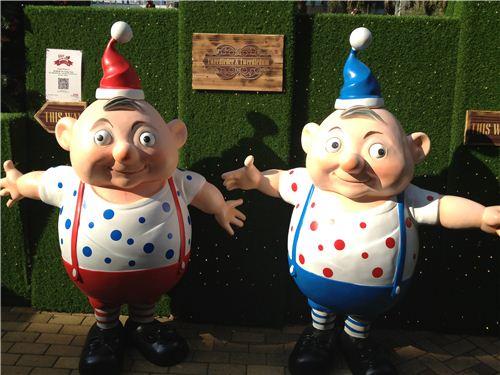 Funny looking Tweedledee and Tweedledum