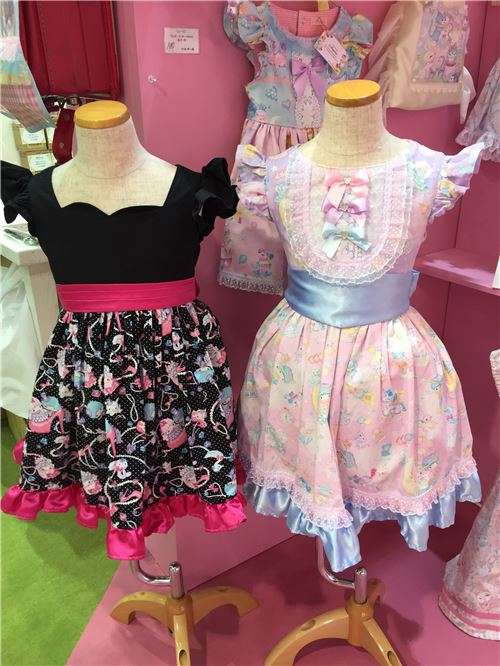 More adorable dresses!