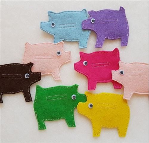 Perfect piggies! This is by dreamalittlebigger.com