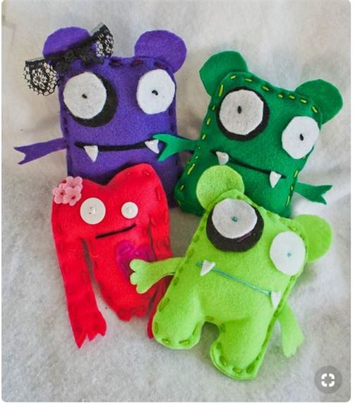 Kawaii monsters by justshortofcrazy.com